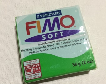 FIMO Soft Polymer Clay - 53 Tropical Green - 56g Single Block