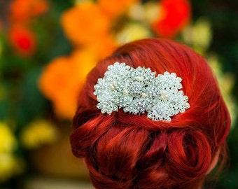 Vintage bridal comb with swarovski pearls