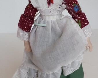 AVON Early American Doll 1987