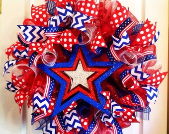 Fourth of July Wreath/USA Wreath/4th of July Deco Mesh Wreath/Patriotic Wreath/Red White and Blue Wreath