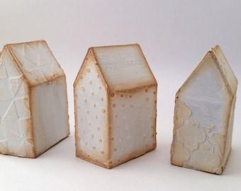 White mini houses, set of three, paper