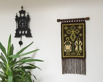 Bohemian Tapestry Wall Hanging Green Cream Gold With Fringe Rope