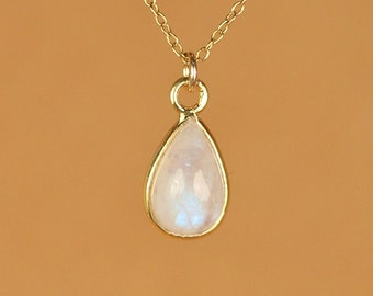 Moonstone necklace - gold moonstone - rainbow moonstone - june birthstone - a gold vermeil lined moonstone on a 14k gold vermeil chain