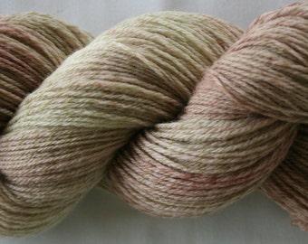 Hand Dyed 100% Merino SO soft yarn (179)