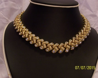 Beautiful Vintage Necklace with Swarovski crystals like brand new