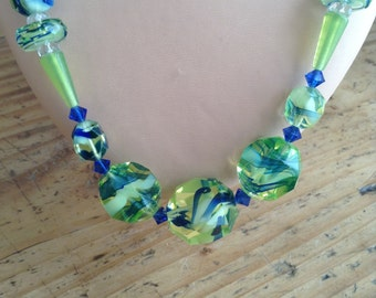 30's glass necklace (green and blue)