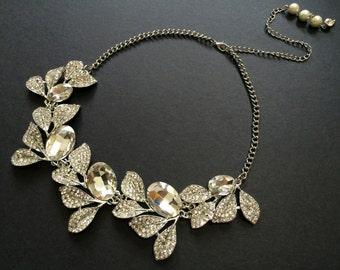 Romantic Leaf Wedding Jewelry Swarovski Rhinestone Crystals Bridal Necklace, Wedding Necklace, Crystals Necklace, Bridal Jewelry, Engaged