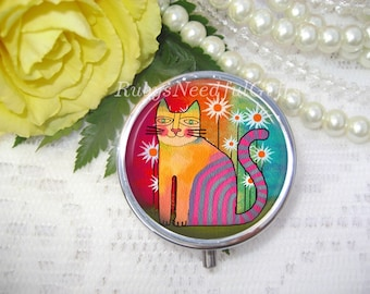 Cat Pill Case, Pill Box, Pill Container, Mint Case, Best Friend Gift, Medicine Organiser, Funky Cat.