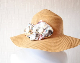 BEIGE sun hat ~ Mid brim hat ~ Summer vacation hat ~ Summer beach hat ~ Designer hat ~ Flower decor hat ~ Linen flower decor ~ Polka dot hat