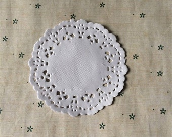 """3.5"""" Round Paper Dollies in set of 50"""