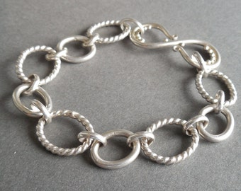 Handmade Chain Bracelet with Arabesque S-Clasp and Faux Granulation