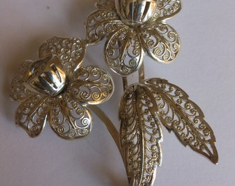 vintage sterling silver filligree style flower brooch