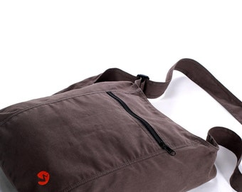 Adjustable Brushed Canvas Sling Bag | Nomad Essentials