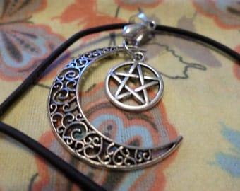 Moon, Pentagram Necklace , Choker, crescent moon, Silver Moon and Pentagram Necklace, Crescent Moon Necklace, Silver Pentagram, Celestial,