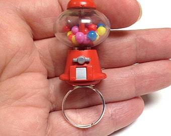 Bubblegum machine ring, candy machine ring, toy ring