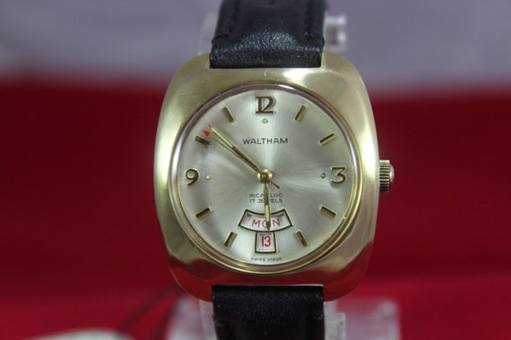 Swiss Made WALTHAM Incabloc 17 jewels Hand-Winding Men's Watch w/ Date