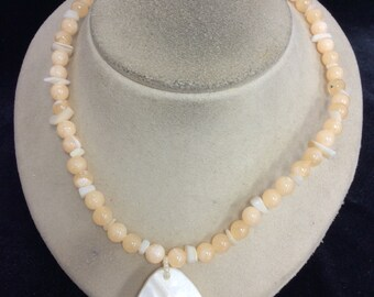 Vintage Peach & Clear Glass Beaded Pendant Necklace