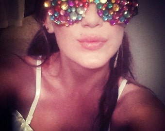 Shades you can see through, Eye only see colors and jewels ;)