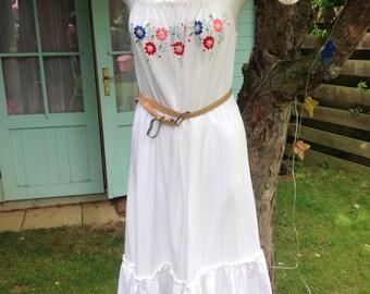 White Gypsey sun dress 70's