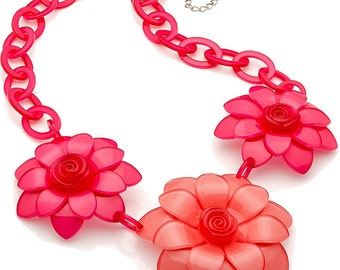 New huge chunky pink and peach colour flower acrylic resin fashion costume necklace with silver plated chain