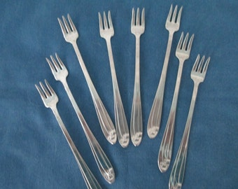 Vintage Cocktail Forks Set of 8 Retro Utensils Flatware Seafood Dining Stainless Silverware Hors-d-oeuvre Picks