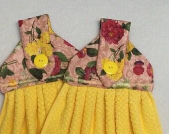 Romantic Yellow Hanging Kitchen Towels