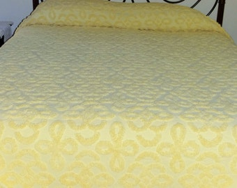 Vintage Yellow Chenille Bedspread, Excellent Condition