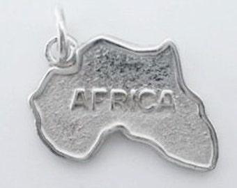 14K Africa Charm (JC-592)