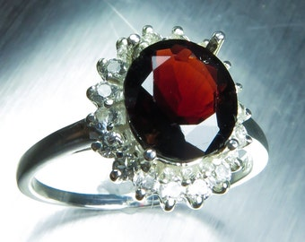 2cts Natural Noble Red Spinel & white topaz Sterling 925 Silver ring all sizes