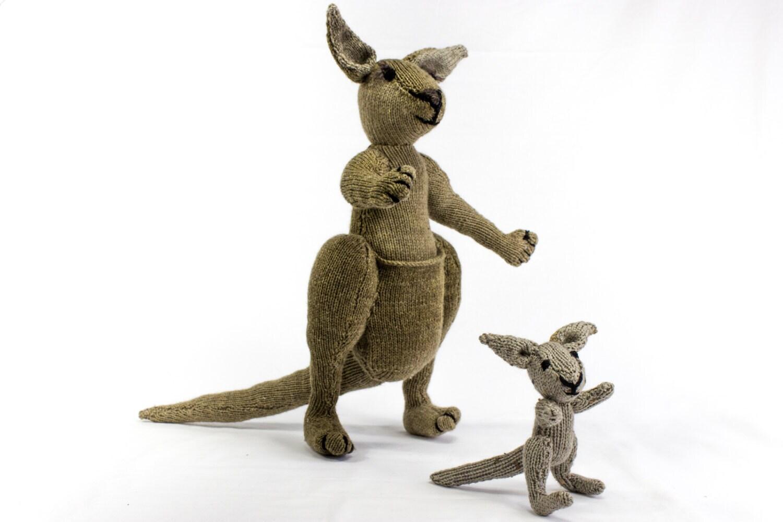 Toy Kangaroo Knitting Pattern : KNITTING PATTERN Kangaroo Knitting Pattern Toy Knitting