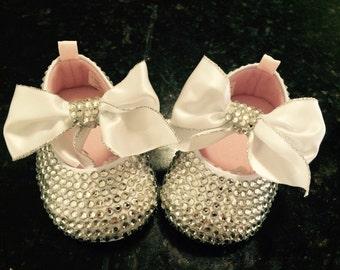 Royal bow shoe