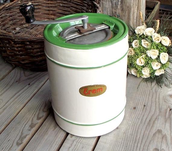 Sorbeti re manuelle en m tal emaill beige et vert erem - Sorbetiere manuelle bois ...