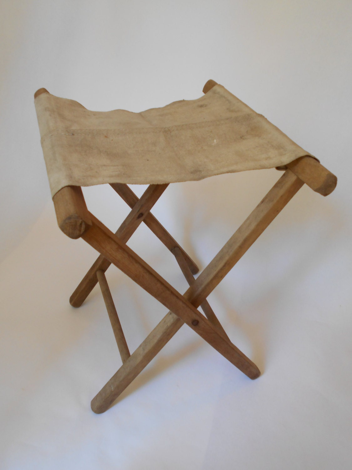 Brilliant Vintage Wood And Canvas Folding Camp Stool Or Luggage Rack Bralicious Painted Fabric Chair Ideas Braliciousco