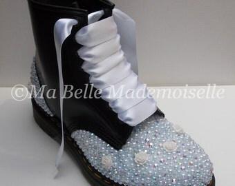 Crystal Bridal Dr Marten Boots, Wedding Dr Martens, Bridal Dr Martens, Pearl Dr Martens, Rhinestone Dr Martens