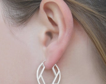 Circle Earrings, On-Trend Geometric Hoop Earrings