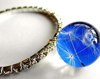 Bracelet with dandelion seeds - blue