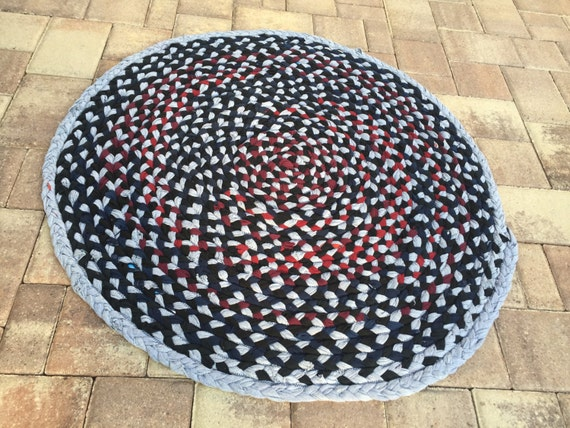 Rag Rug Zigzag Braided Made From T Shirts 43 Round