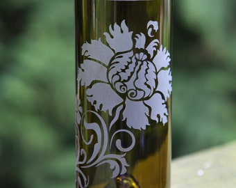 Retro Flower drinking glass upcycled from wine bottle