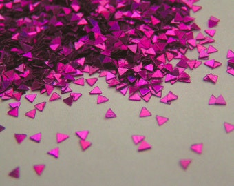 solvent-resistant glitter shapes-magenta hologram triangles