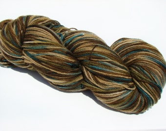 Jumbo Skein, Camo Dyed Wool, Hand Painted Yarn, Worsted Weight Yarn, Dyed Wool Yarn, Camo Dyed Yarn, Colorful Painted Wool,Hand Painted Wool