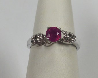 Genuine Ruby Diamond Ring 14kt White Gold