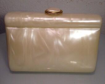 FREE  SHIPPING    1960  Lucite Box Handbag