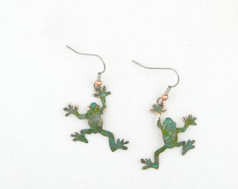 frog earrings, verdigris copper earrings, green patina, frog jewelry, tree frog earrings, leap frog earrings, toad earrings, whimsical frogs