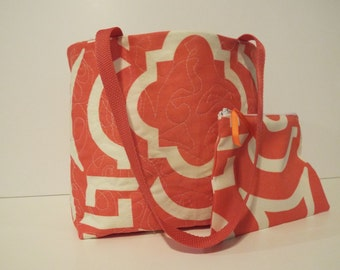 Tote Bag, lightly quilted, bonus matching mini zipper pouch