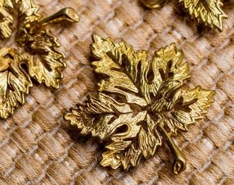 6pcs Antique Brass Leaf Pendant