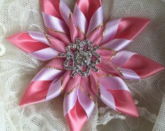 Barrette - Deep peach and white Satin -special occasion, wedding, child- Kanzashi petals