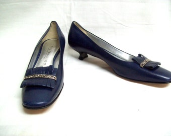 Vintage Salvatore Ferragamo Black Leather Kitten Heels by Vielkas