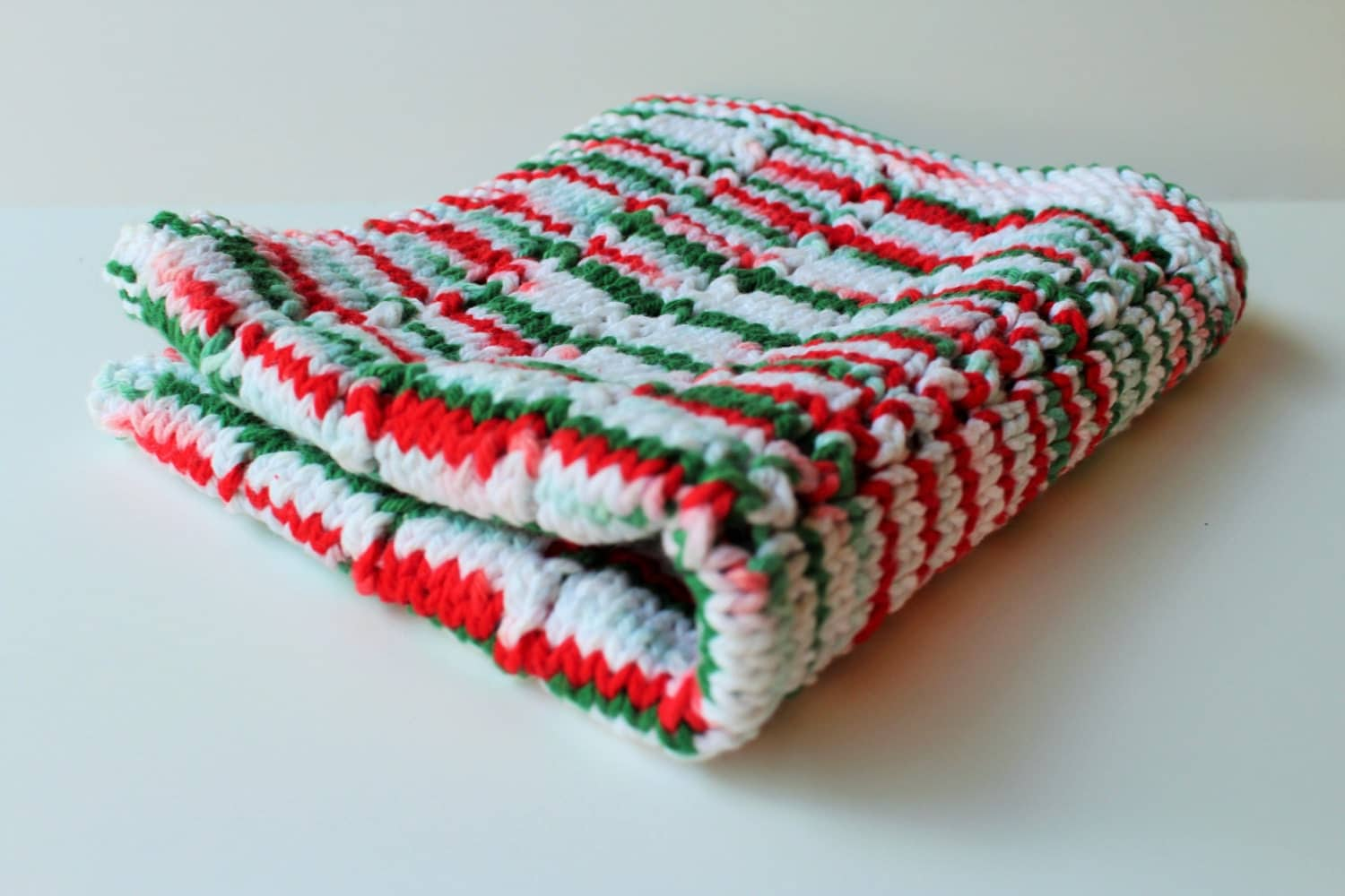 Knitted Cotton Dish Towel Pattern : Knit Dish Towel Christmas Kitchen Towel Cotton Eyelet Dish