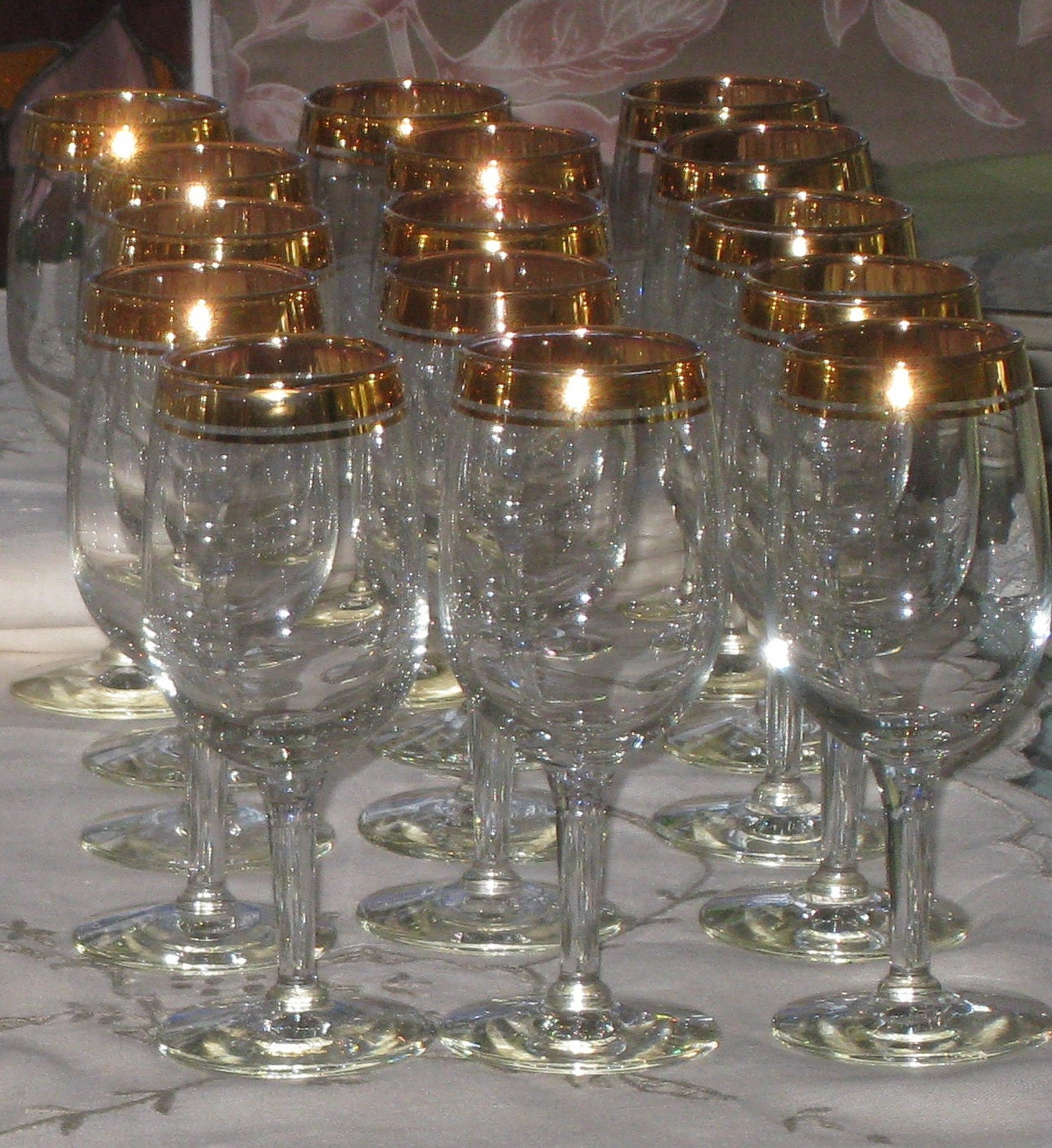 15 vintage gold rimmed 6 crystal stem wine by for Thin stem wine glasses