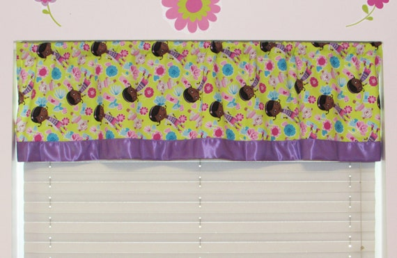 Girls curtains/Doc McStuffin cotton/Valance